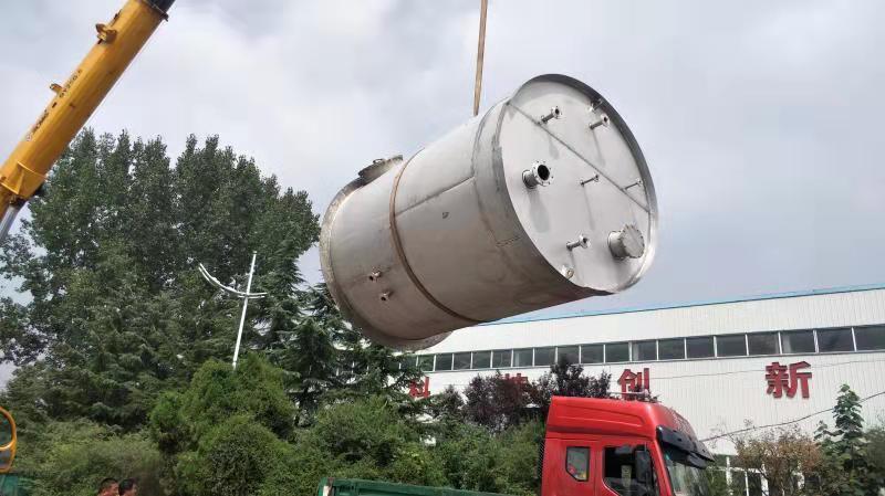 不锈钢容器